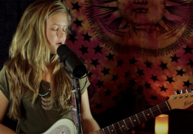 "Video of the Week: ""What's Going On"" Marvin Gaye Cover by Emily Elbert – 06/01/20"